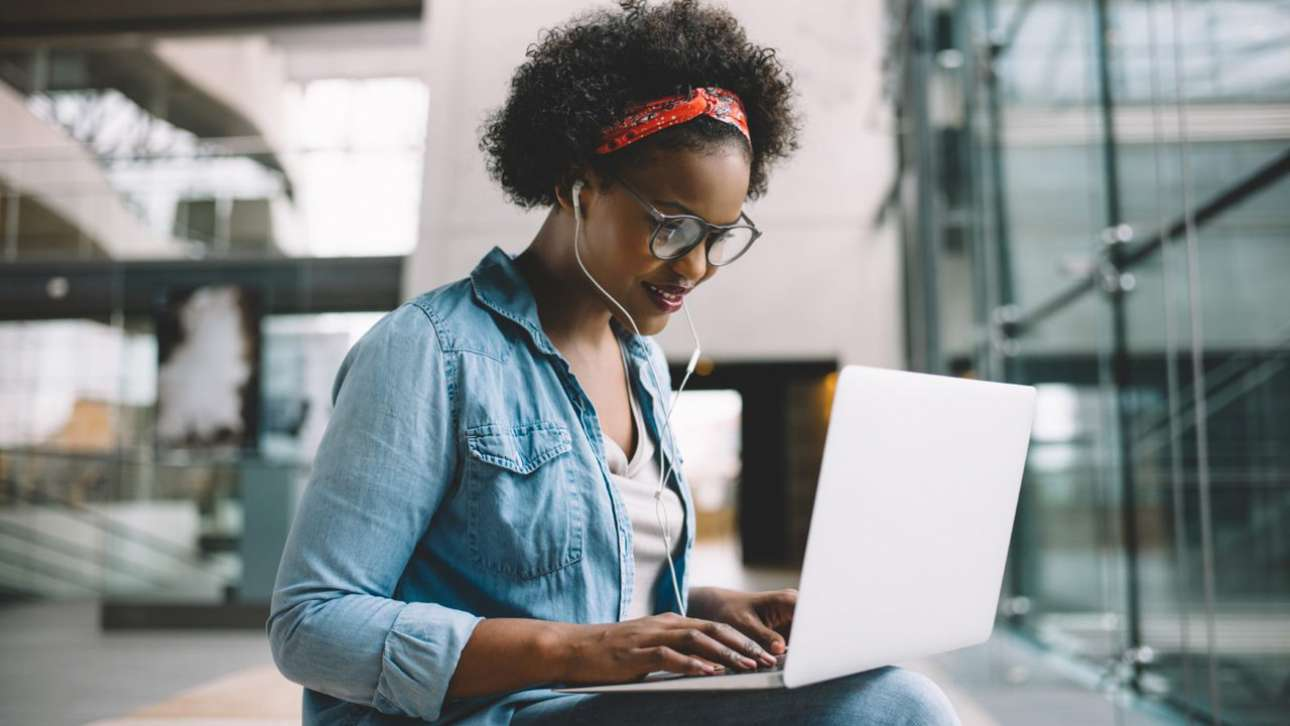 Making Time to Learn: How Online Study Fits Around Your Career
