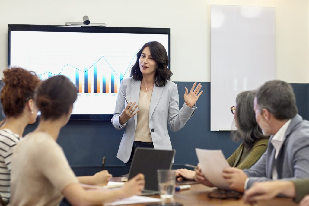 Coursera for Business Launches Leadership Academy to Deliver World-Class Management Training at Scale